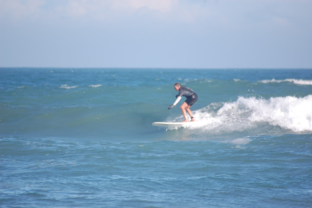Fun little right, from a thigh to waist high swell on 12/10/10, at Hangers, taken by a friend.