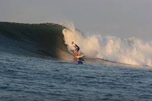 Clay riding a Punta Mango El Salvador perfection.