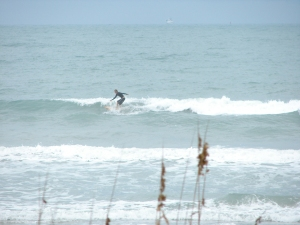 Image 4 of 5 shots.  Chad caught over 10 waves while I was there, and these 2 held up the longest.