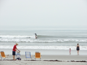 Don, cruising backside forever on this perfect left line.  Image 3 of 7.