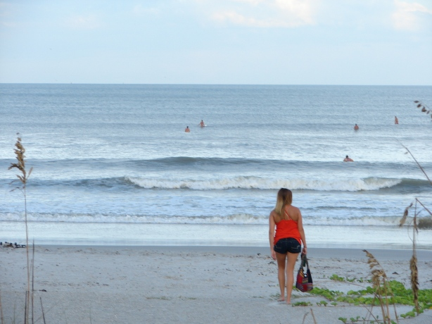 Glassy lineup, with the whole neighborhood out in the water!