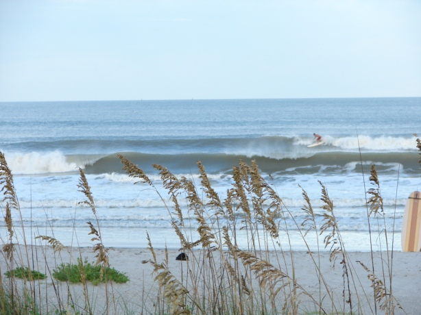 Image 6 of 7 , Chad carving a glassy chest high face.