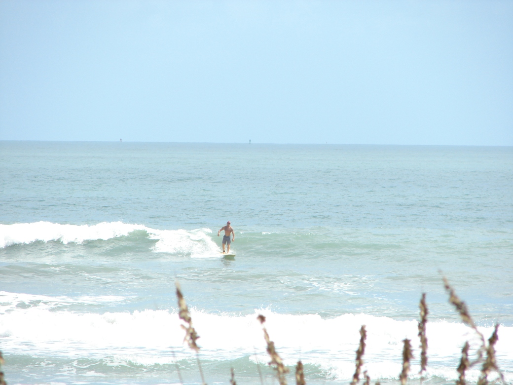 Nice waist high left for Chuck, that turns into a nice right :) Image 1 of 7 in sequence, Monday morning, October 15, 2012